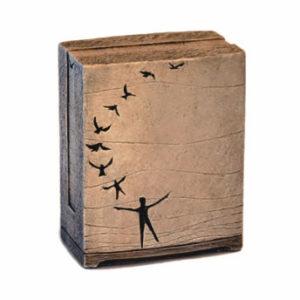In flight keepsake urn